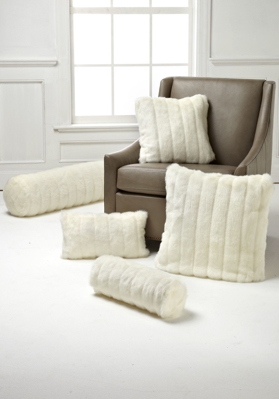 fake fur pillows stripes efutro.pl blog